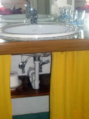 Italy Rovigo Tenuta Castel Venezze Bathroom-1